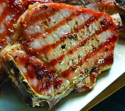 Cotlet afumat de porc