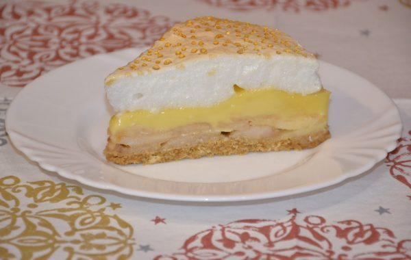 Tarta cu mere si sos de vanilie